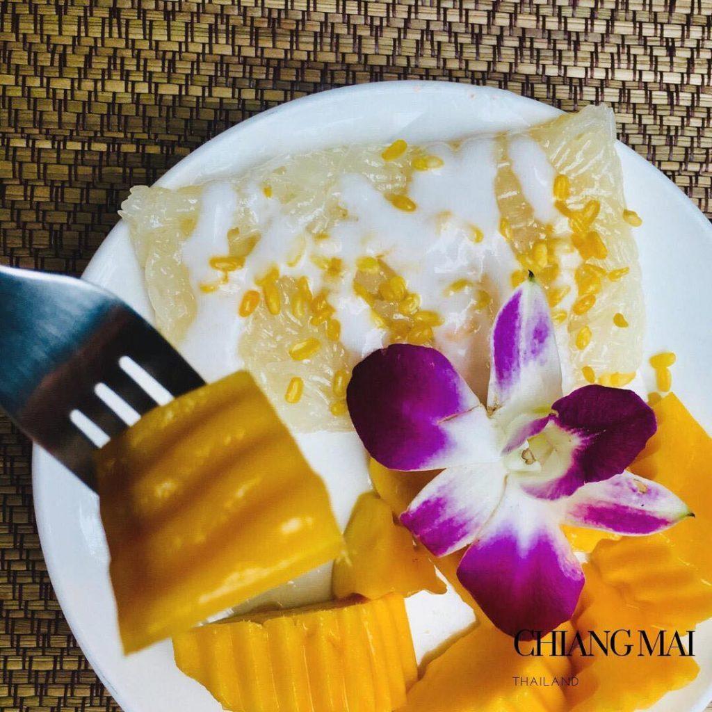gluten free mango sticky rice in Chiang Mai