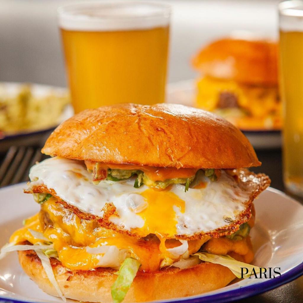California, gluten free burger in Paris PNY