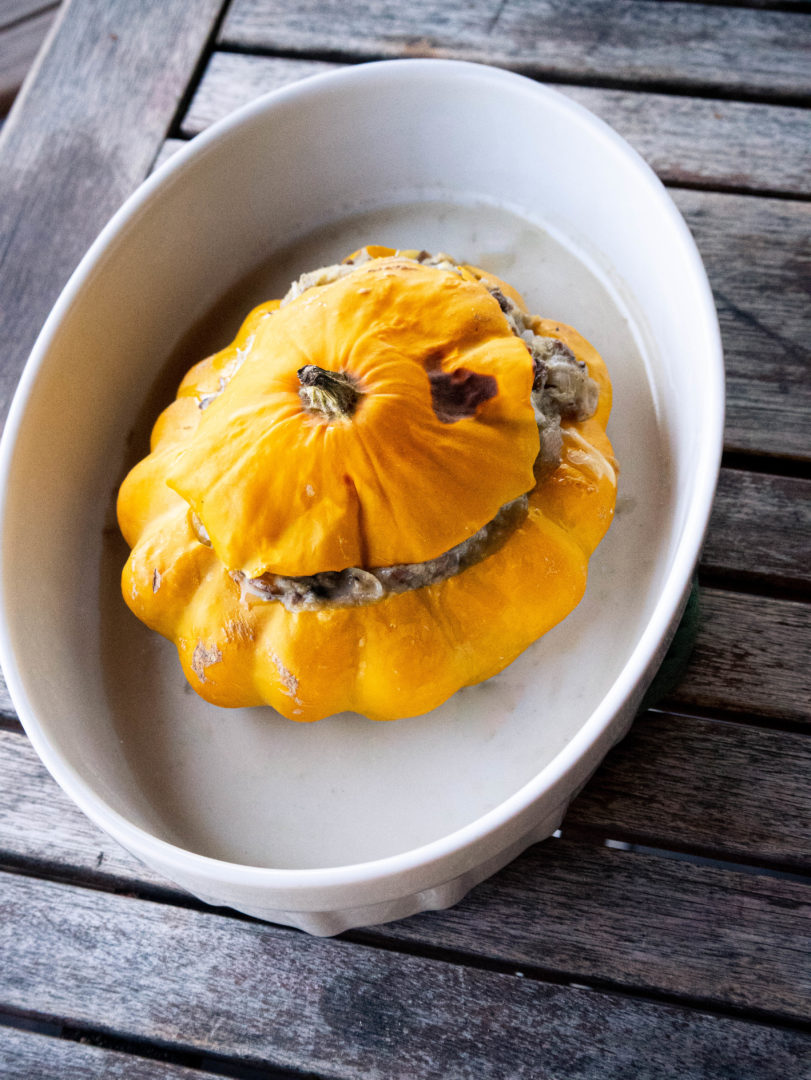 Pattypan squash stuffed with mushrooms, a must try!