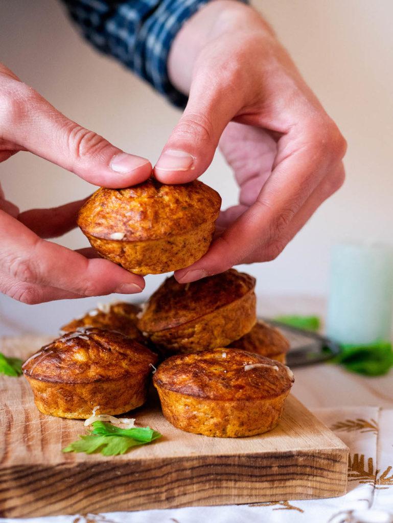 Muffins sans gluten au thon et à la patate douce