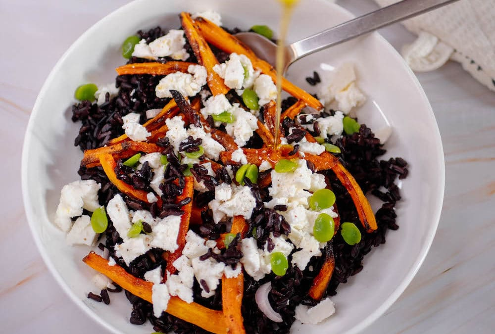 Black rice salad with carrot, feta & beans